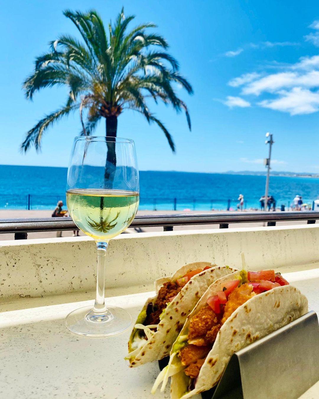 Top 5 des endroits où boire un verre à Nice - Crédit La Movida