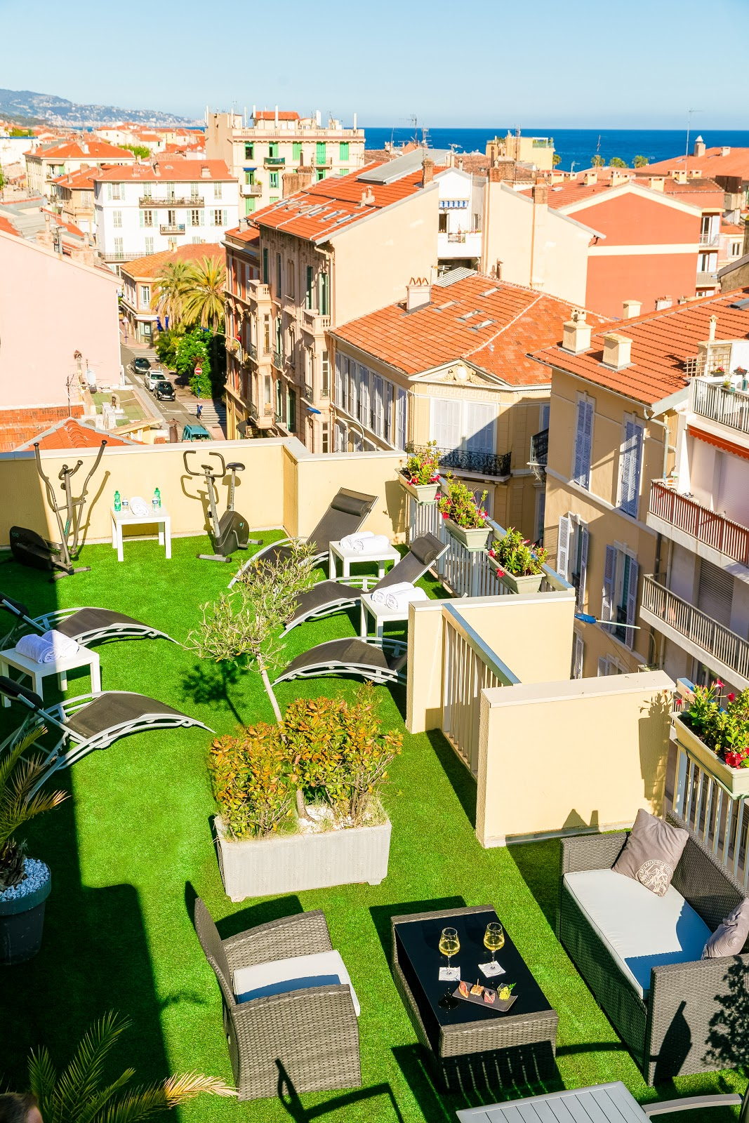 Renovated rooftop of the Quality Hotel Méditerranée Menton