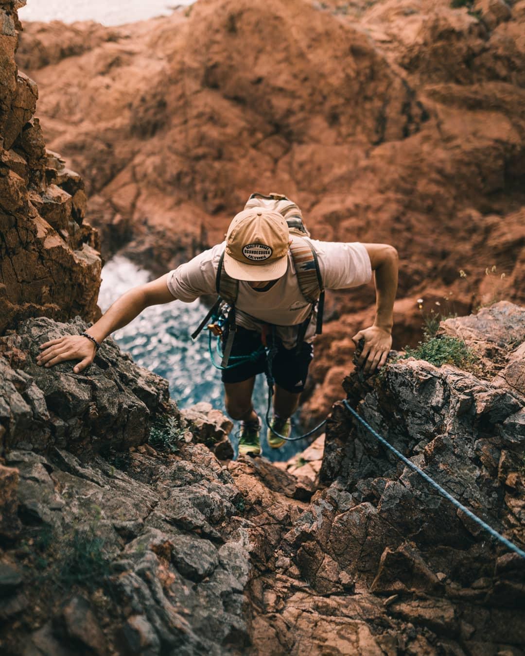 Climbing on Cap Dramont - Massif de l'Esterel - Credit robin_mrtn