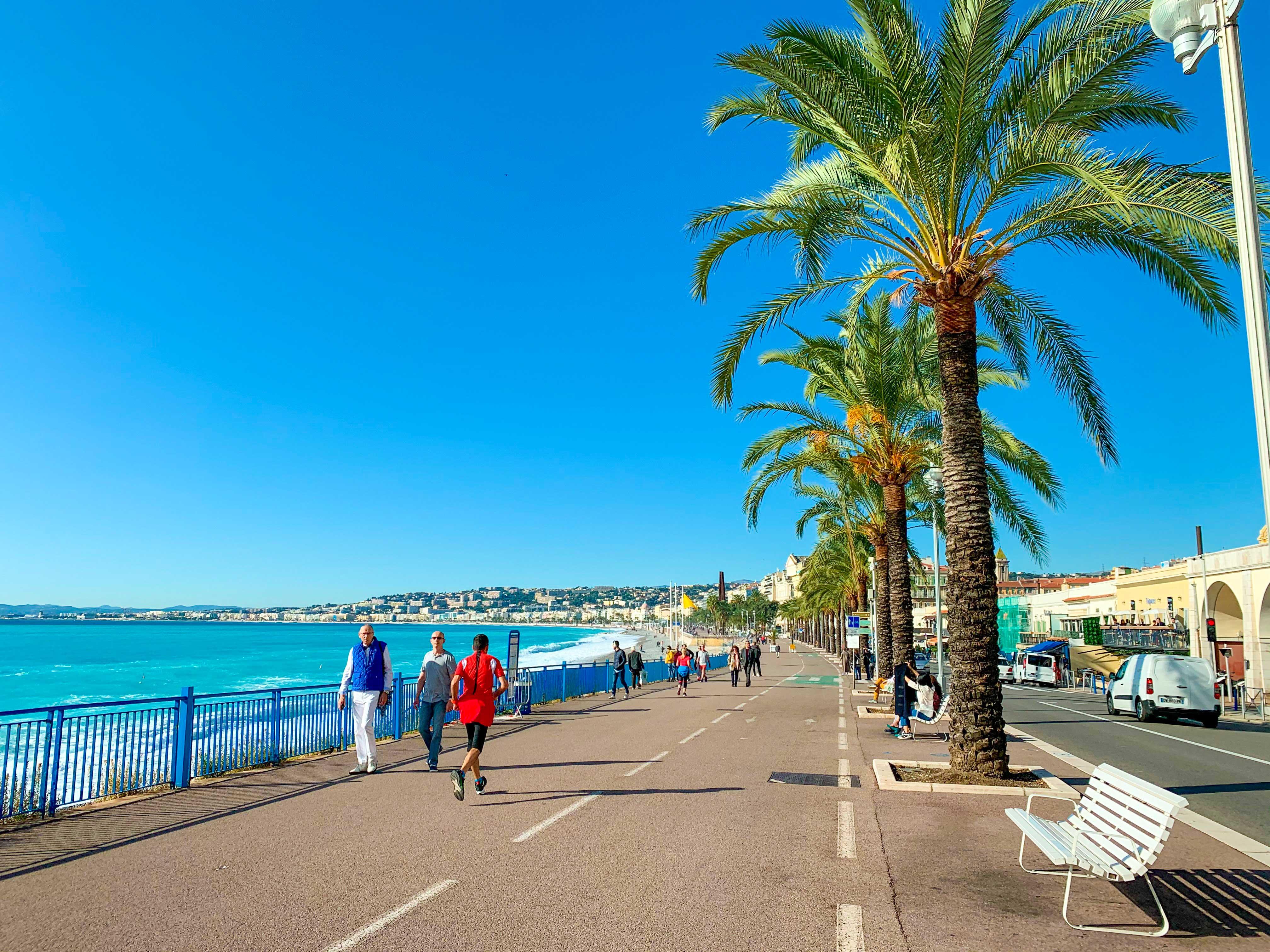 La Promenade des Anglais - Credit Summer Hotels