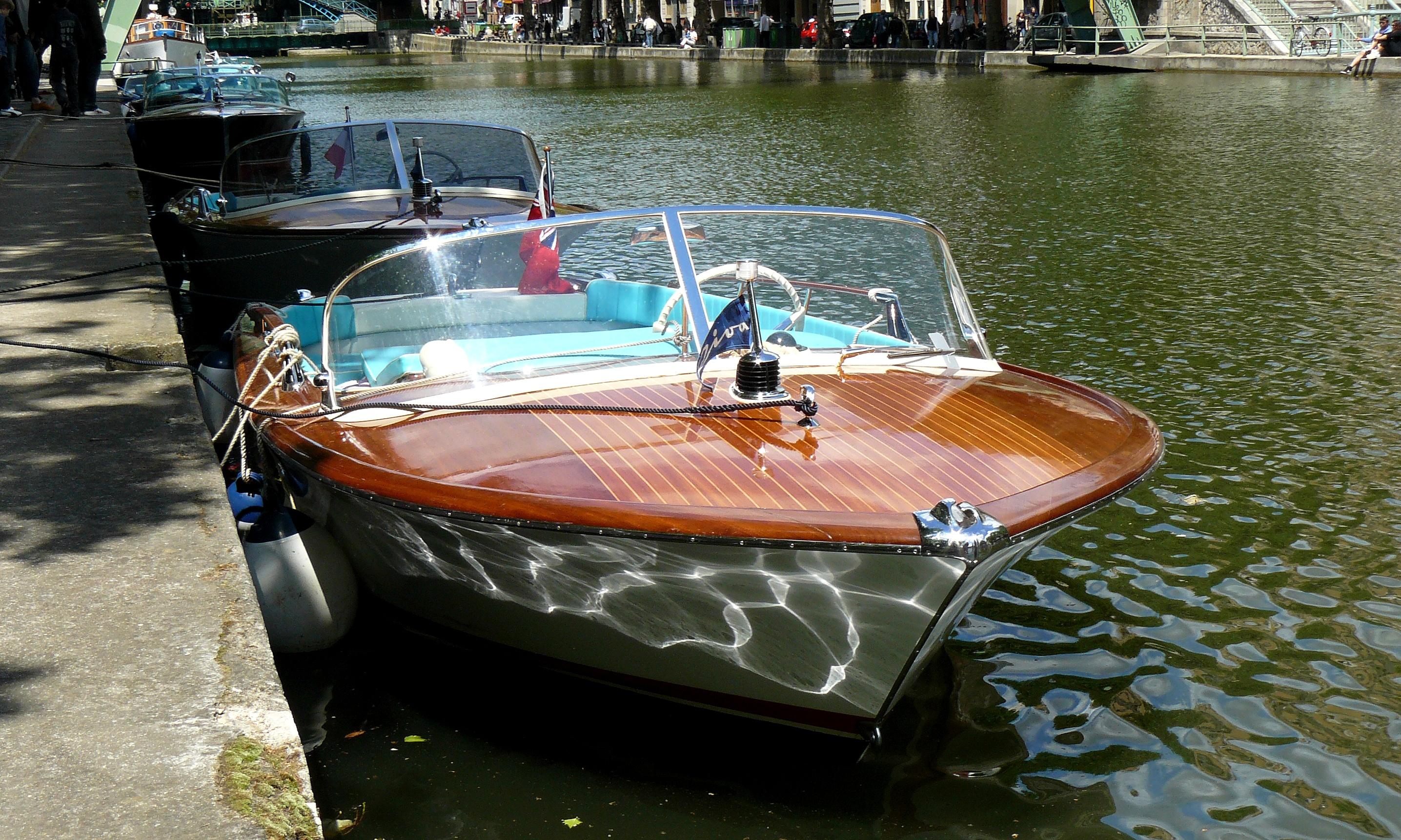 Private Cruise Riva Boat