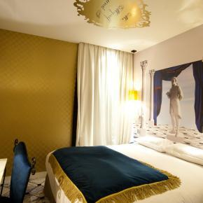 v - Vice Versa Hotel - Room service 2