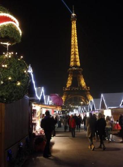 Happy Holidays in Paris