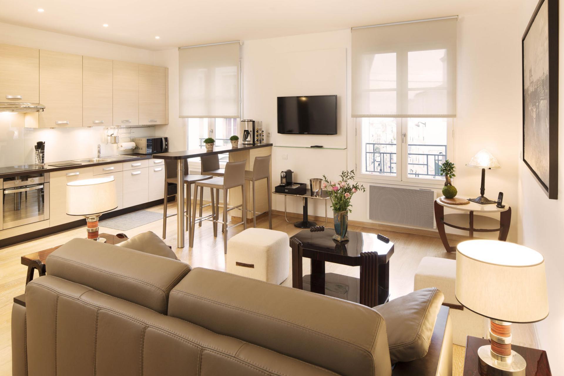 Montmartre Résidence Paris   Apartment   Living Room
