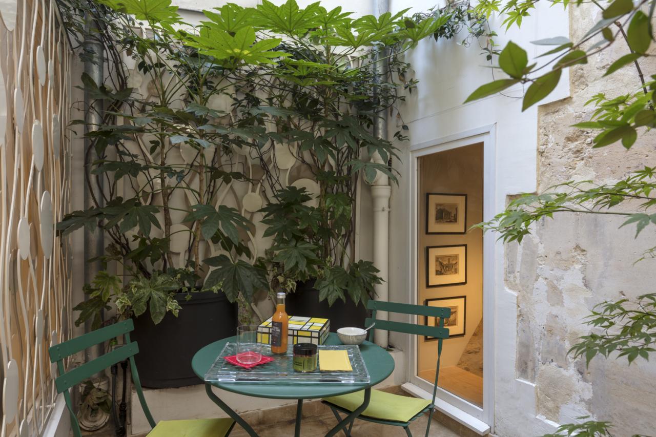 Hotel de Lille - Room - Patio