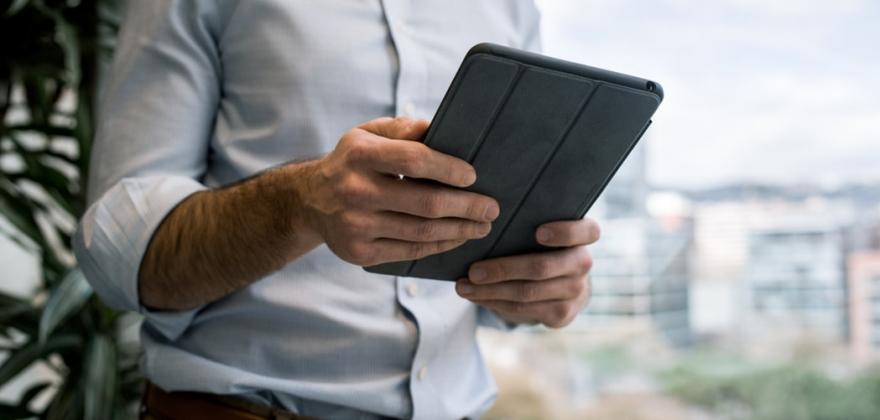 Un iPad au bout des doigts