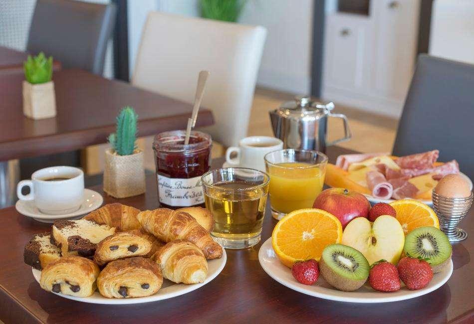 Admiral's Hotel - petit déjeuner