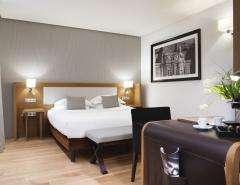 Le Six Hôtel - Chambre Deluxe