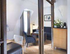Le Six Hôtel - Suites