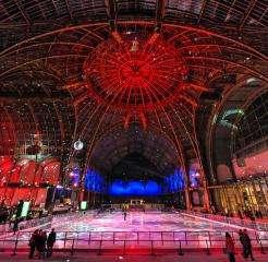 Le Grand Palais des Glaces : offrez-vous la plus grande patinoire du monde !