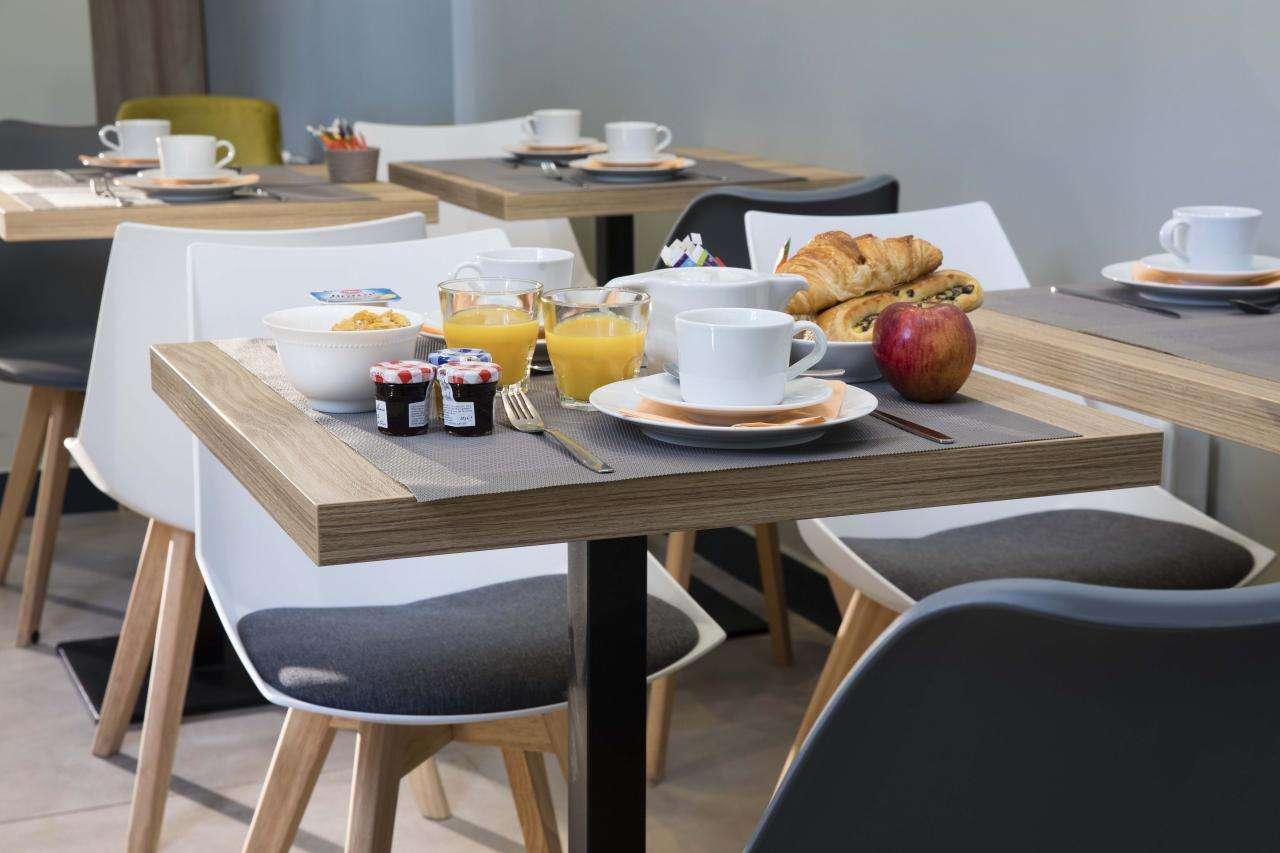 Hotel Moulin Vert - Breakfast