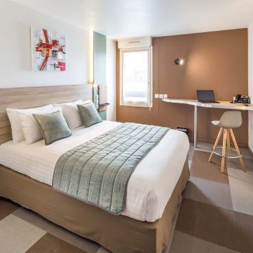 Carré Pau Airport Hotel - rooms