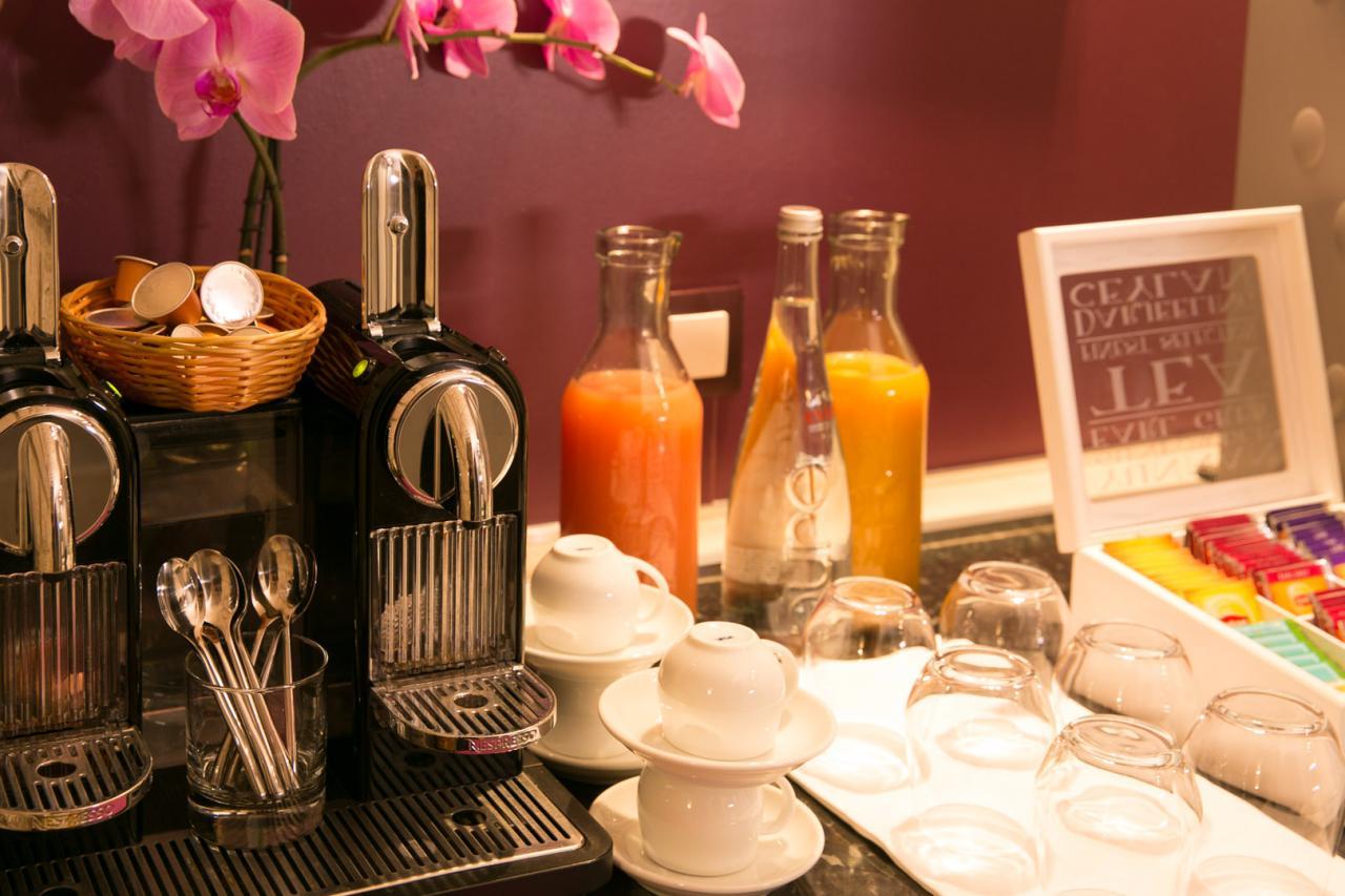Hotel Alexandrine Opera Paris - Breakfast