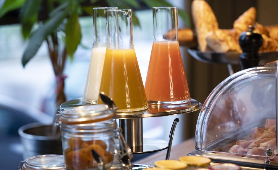 Hôtel Les Deux Girafes - Petit déjeuner