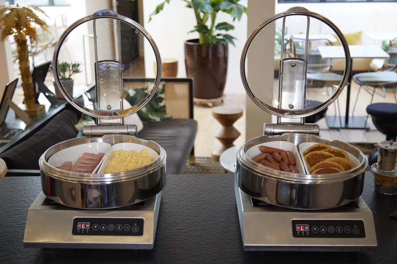 Hôtel Doisy - Petit déjeunerHotel Doisy - Breakfast