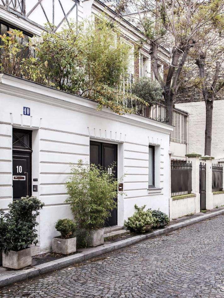 Hotel Doisy - Hotel's street