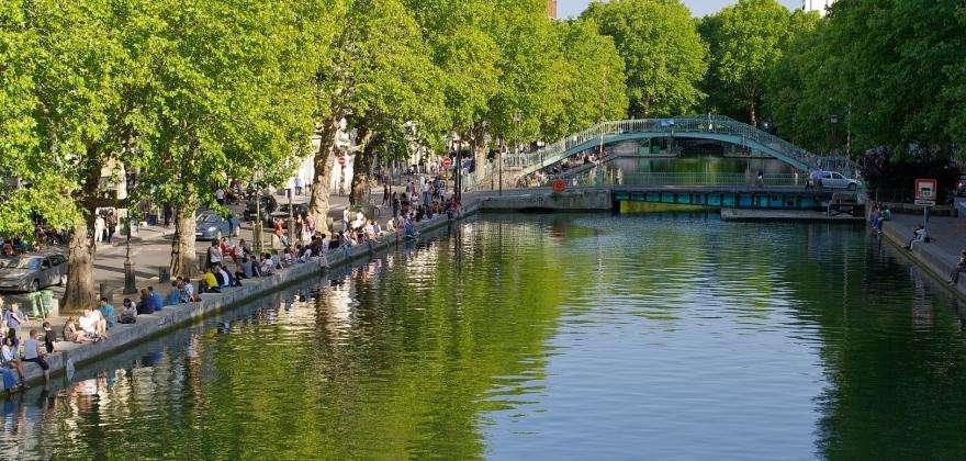 A journey along the Canal Saint Martin