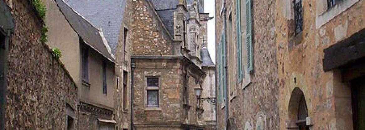 Un lieu à découvrir : la Cité Plantagenêt au cœur du Vieux Mans