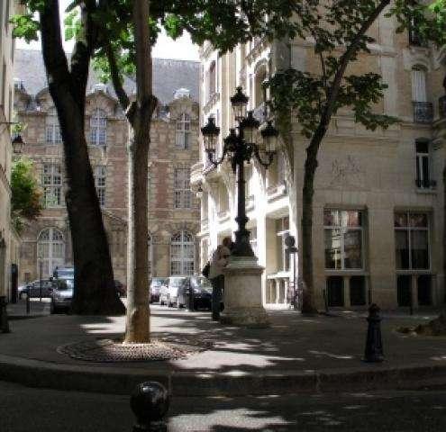 Hotel Paris Saint Germain des Pres ? l'Hôtel du Danube !