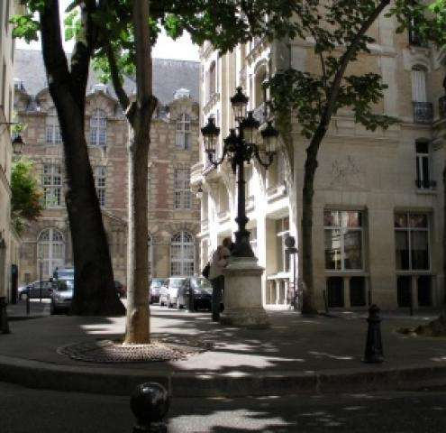 Saint Germain des Pres Hotel is perfect for your Paris Break
