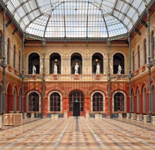 Hotel Nearby ENSBA Paris : France's Largest Art School