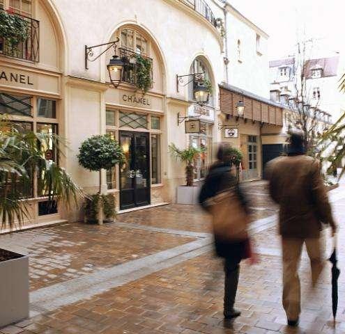 Paris Shopping Book 2014 pour un shopping de luxe