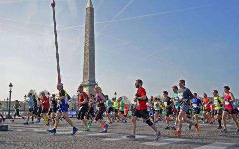 Le 3 Avril 2016   - Marathon de Paris 40ème édition -