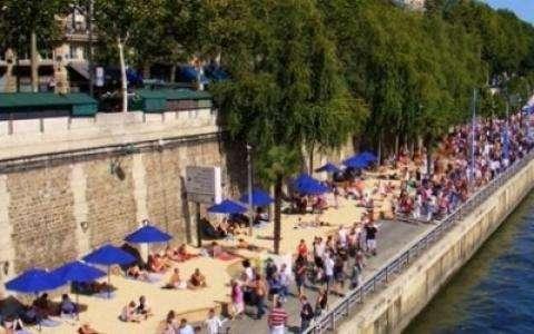 The beach comes to Paris.