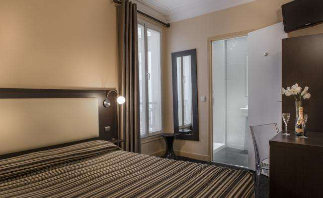 GRAND HOTEL LEVEQUE - chambre
