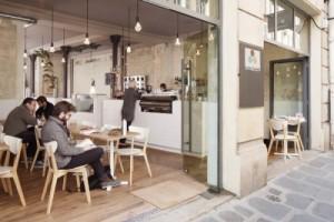 Cafe-Coutume-pM-CUT-architecture-600x400-500x333